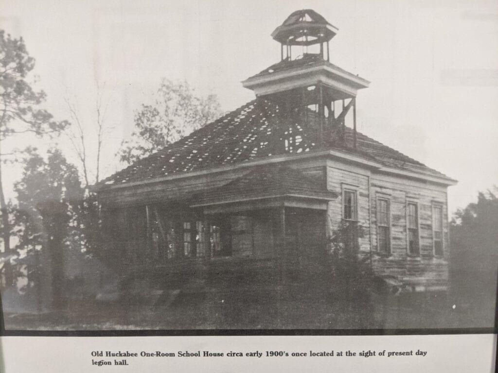 Huckabee School House